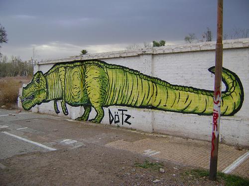 dinosaur graffiti argentina buenosairesstreetart.com (2)