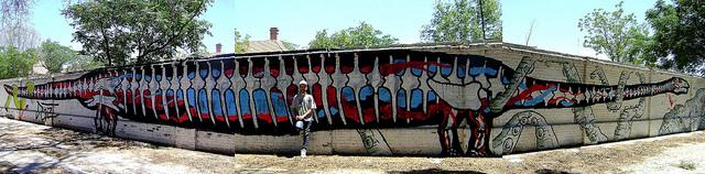 dinosaur graffiti argentina buenosairesstreetart.com (3)