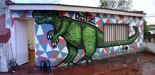 dinosaur graffiti argentina buenosairesstreetart.com