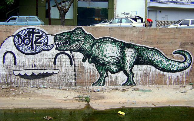 dinosaur street art argentina graffiti buenosairesstreetart.com