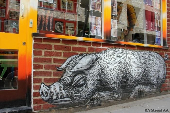 roa street art london © buenosairesstreetart.com