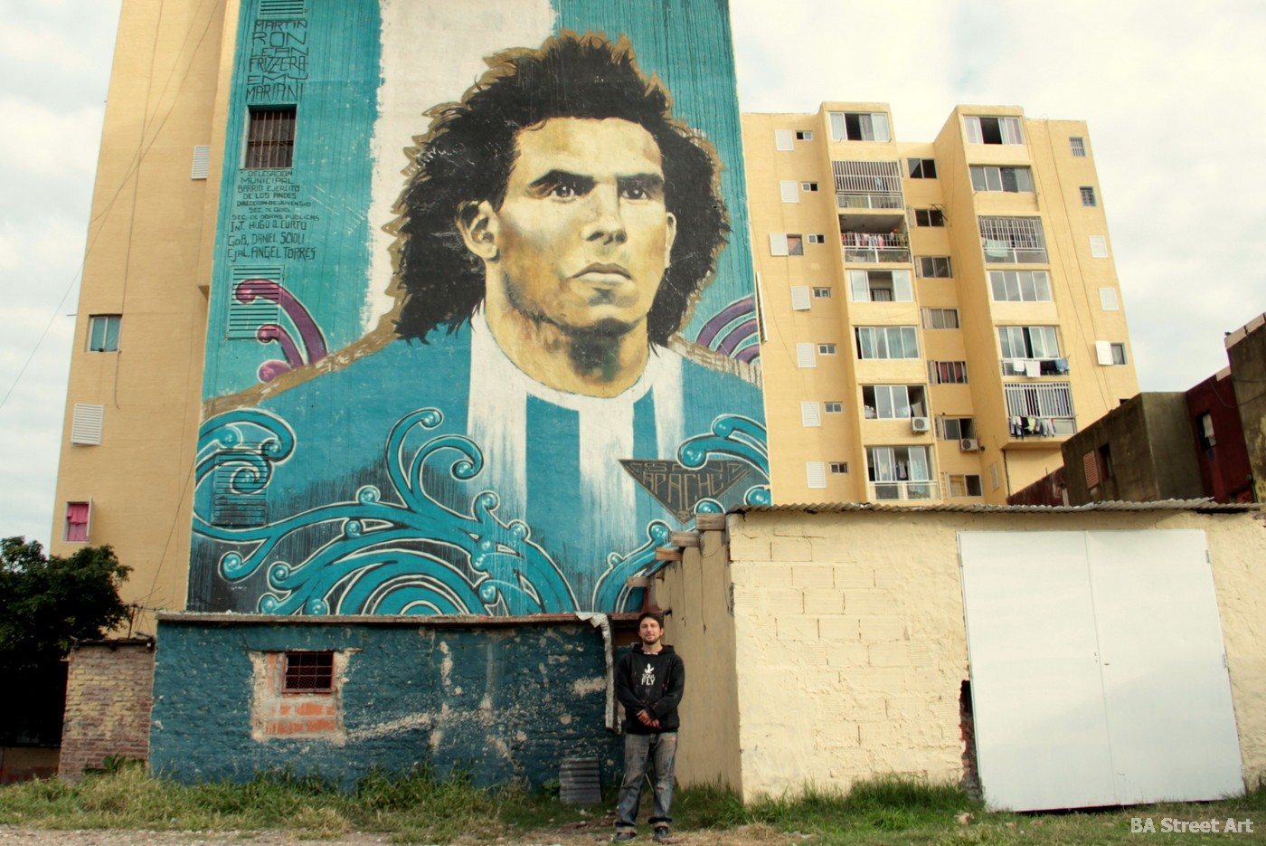 fuerte apache carlitos tevez buenos aires mural argentina futbol footballer boca juniors buenos aires street art buenosairesstreetart.com
