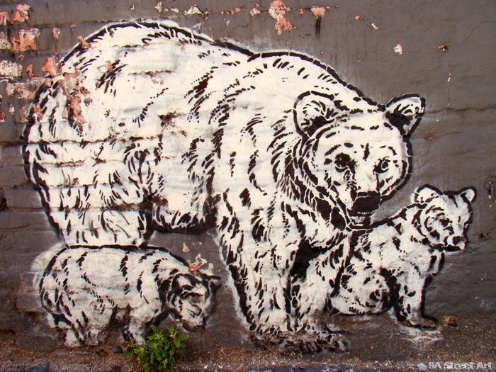 grafffiti buenos aires zoo stencil rundontwalk buenosairesstreetart.com