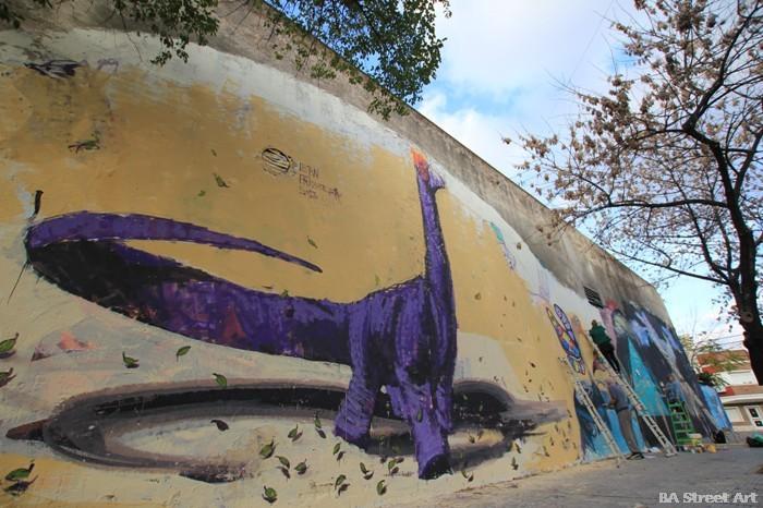 brontosaurus graffiti buenos aires