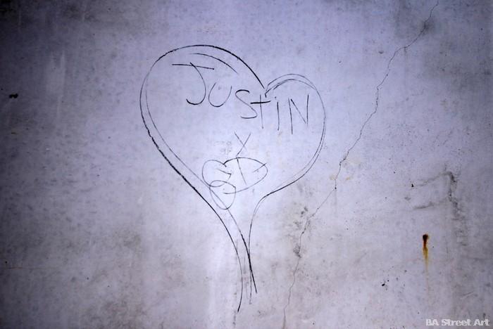 justin bieber graffiti abuse buenos aires justin bieber