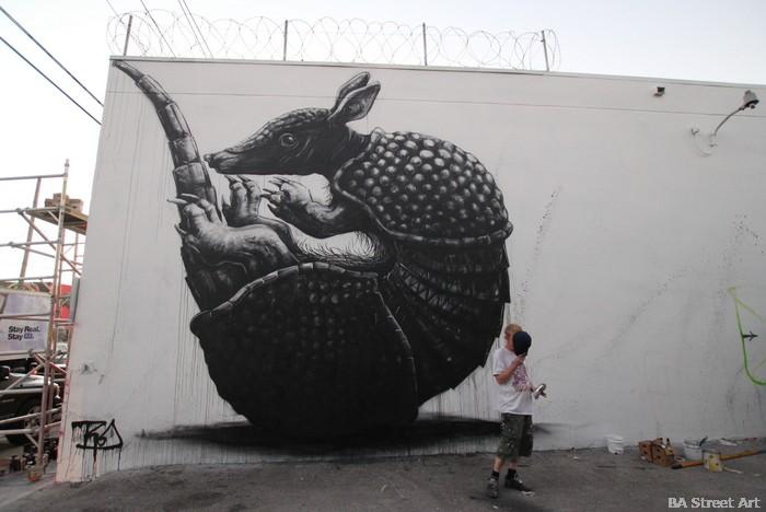roa street artist mural miami street art wynwood walls buenosairesstreetart.com