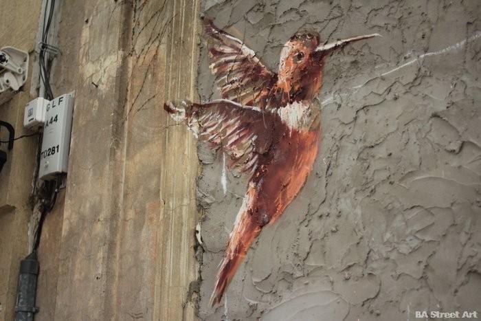 hummingbird street art fintan magee buenos aires colibri buenosairesstreetart.com