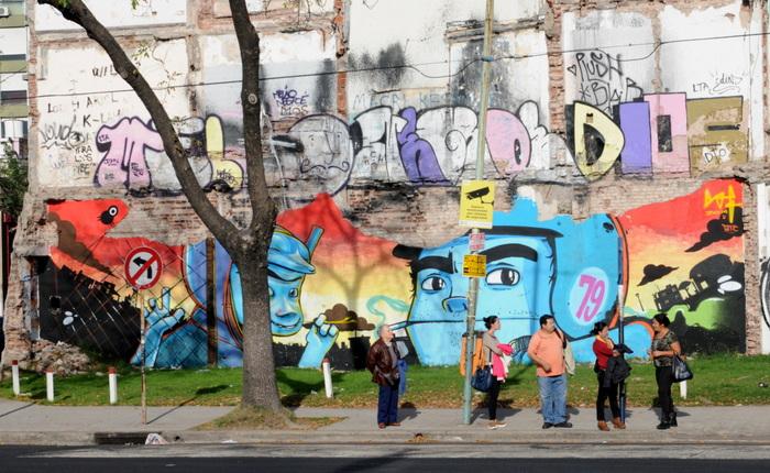 buenos aires graffiti tour villa urquiza ba street art buenosairesstreetart.com