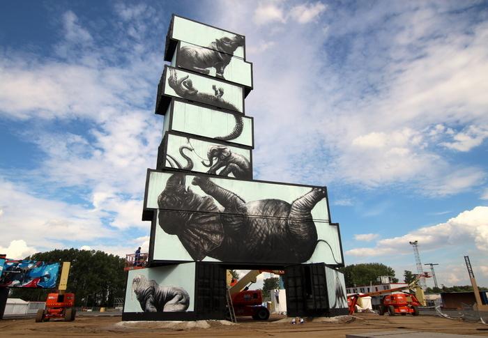 roa belgium street art