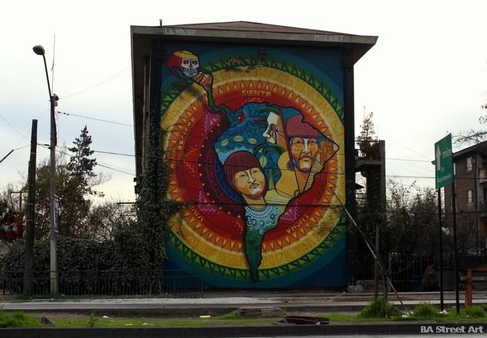 south america street art santiago chile la mano buenosairesstreetart.com