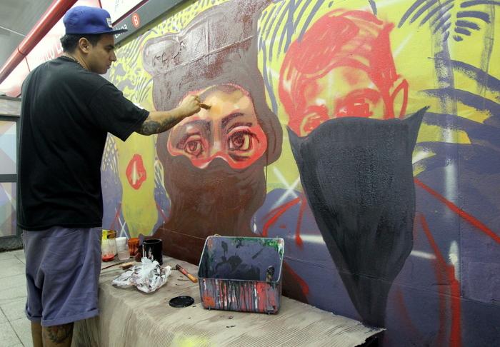 federico lacroze estacion subte murales buenos aires buenosairesstreetart.com