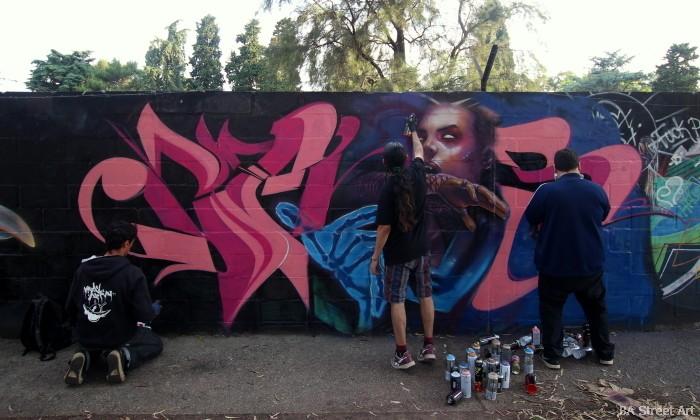 graffiti artists painting buenos aires buenosairesstreetart.com