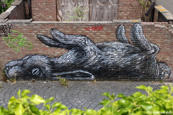 roa doel belgium street art antwerp