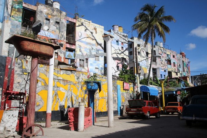 callejon hamel havana cuba art murals buenosairesstreetart,com