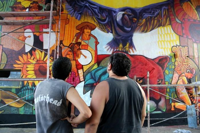 BA Street Art Dan Silva Marcelo Carpita mural Floresta Buenos Aires arte urbano buenosairesstreetart.com