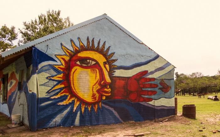 latin american street art sun luxor argentina buenos aires la plata murales