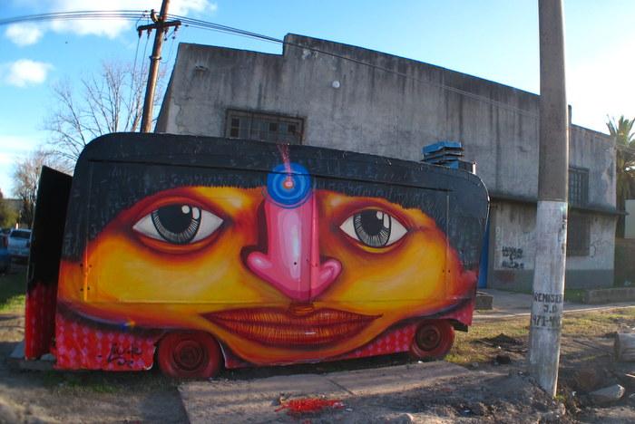 baires murales graffiti luxor artista argentino caracters graffiti
