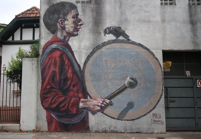 drum crow mural milu correch street art buenos aires buenosairesstreettrt.com