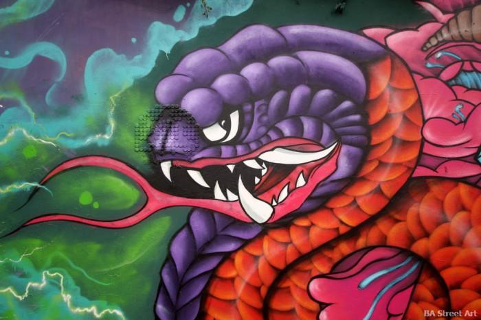 serpent graffiti rikis chile buenosairesstreetart.com