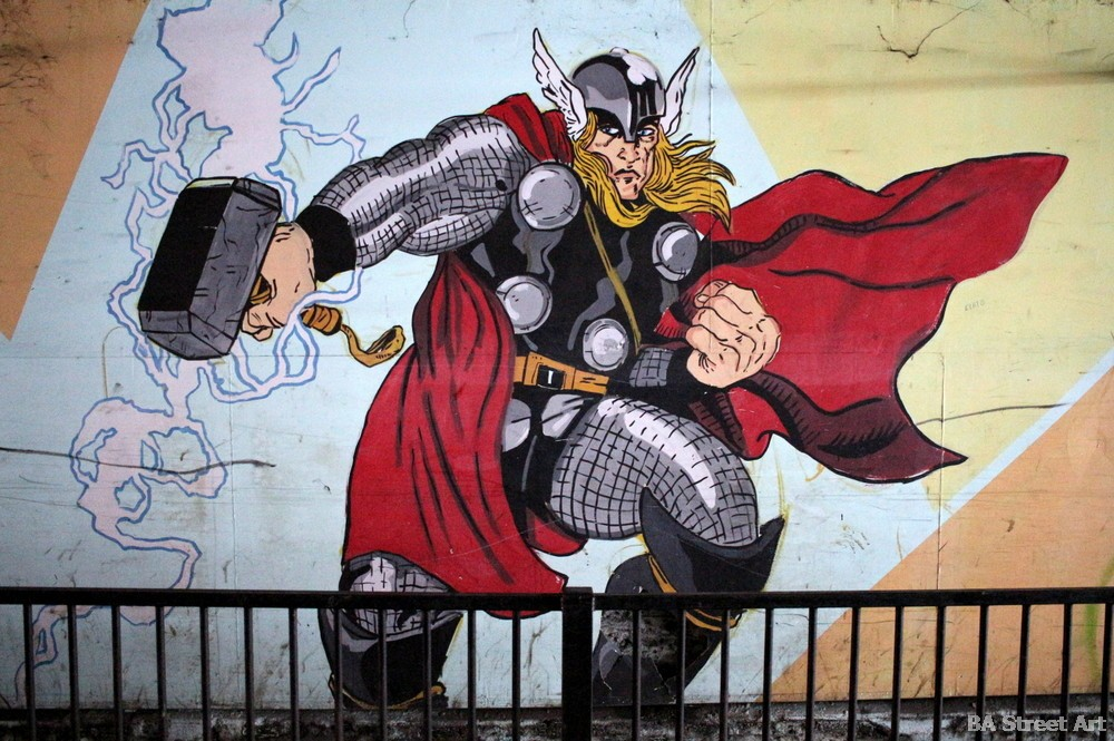 graffiti buenos aires thor superheroe tor hammer murales buenos aires buenosairesstreetart.com