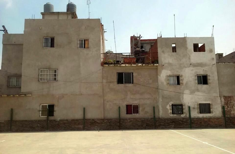 villa 24 buenos aires slum barracas favella argentina