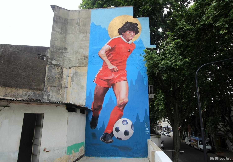 graffiti tour diego maradona mural buenos aires street art football graffiti argentinos juniors estadio arte urbano buenosairesstreetart.com
