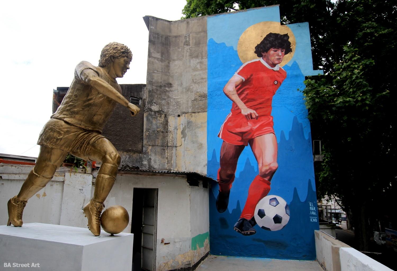 Jorge Martínez escultor escultura maradona futbol la paternal la casa de d10s argentinos juniors buenos aires buenosairesstreetart.com