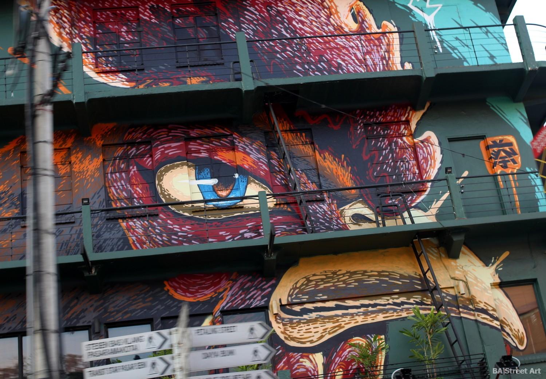 kenji chai wall art murals arte urbano street art graffiti chicken cockerel nando's malaysia buenosairesstreetart.com