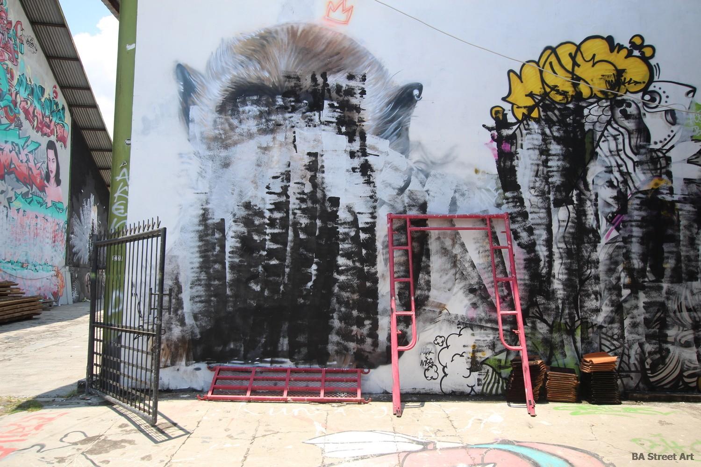nomad clan monkey street art bali canggu indonesia graffiti art murales buenosairesstreetart.com