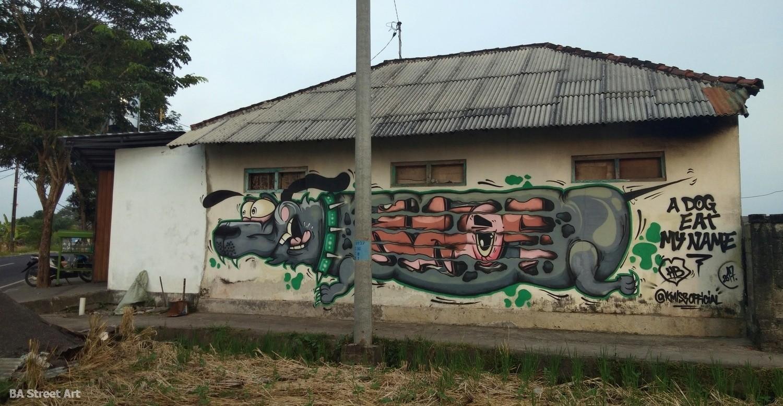canggu dog graffiti mural street art bali indonesia urban art graff buenosairesstreetart.com