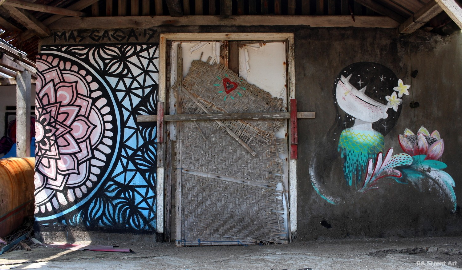netalayan fishing village beach shack mural urban art mas gaga girl street art buenosairesstreetart.com