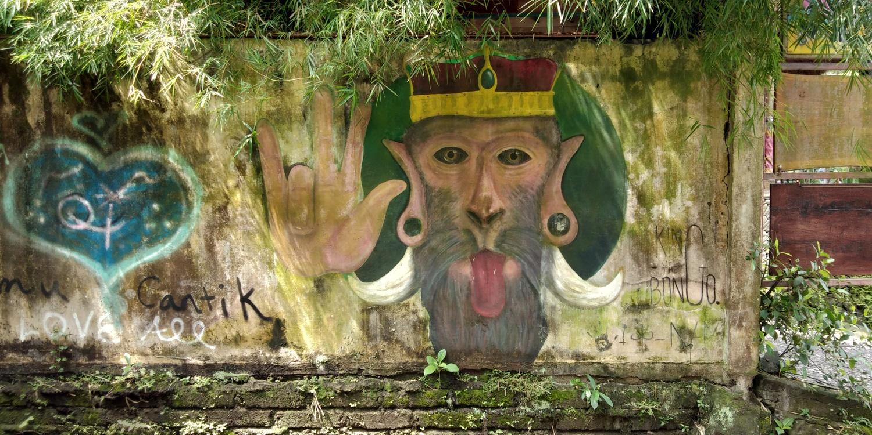 monkey king mural monkey forest ubud bali indonesia apes buenosairesstreetart.com