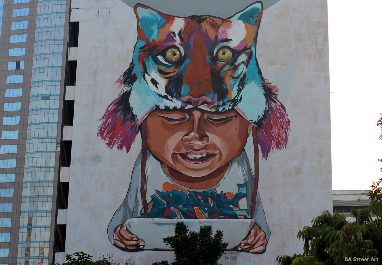 malaysia wall art tiger boy tablet kuala lumpur kl street art graffiti okayer yumz mediumtouch crew buenosairesstreetart.com