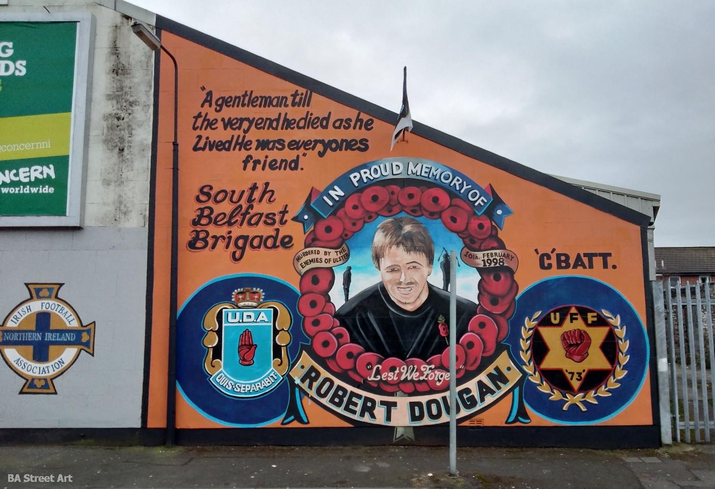 UDA mural robert dougan ulster protestant propaganda belfast northern ireland irlanda del norte politica guerra conflicto mural
