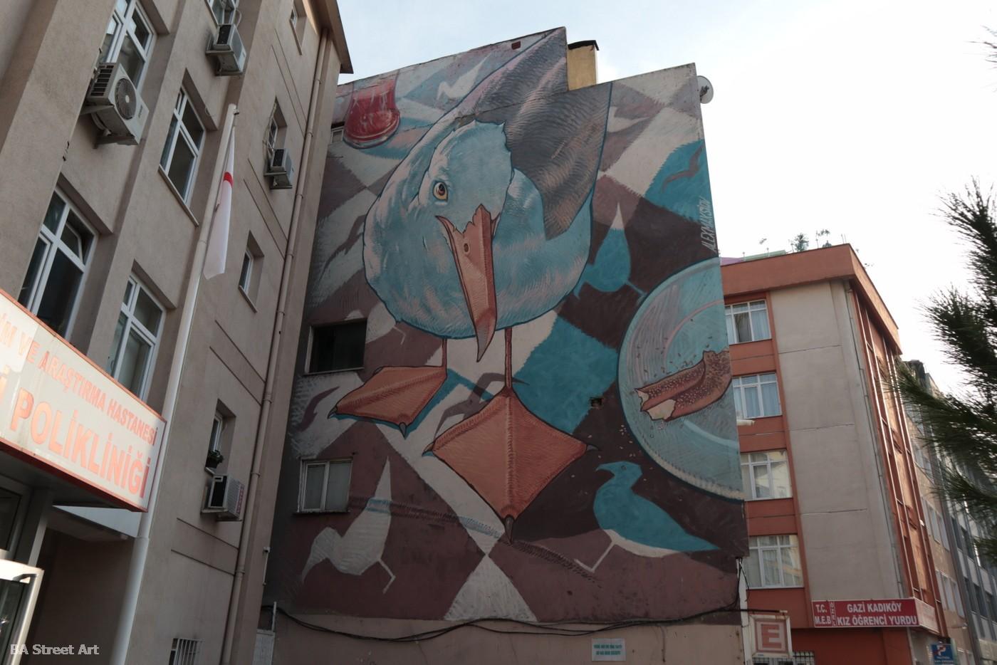 alex maksiov mural istanbul kadikoy turkey bird pajaro ave buenosairesstreetart.com
