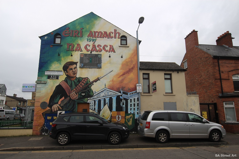 falls road belfast mural easter uprising rebellion repubican beechmount crescent eiri amach na casca