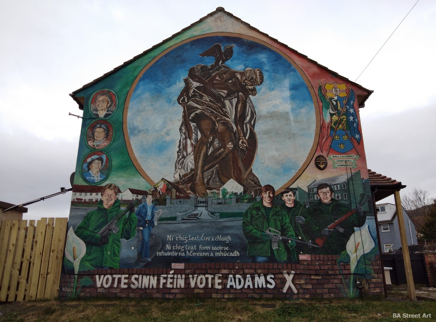 gerry adams sinn fein mural IRA belfast northern ireland republican protest mural tour propaganda peace