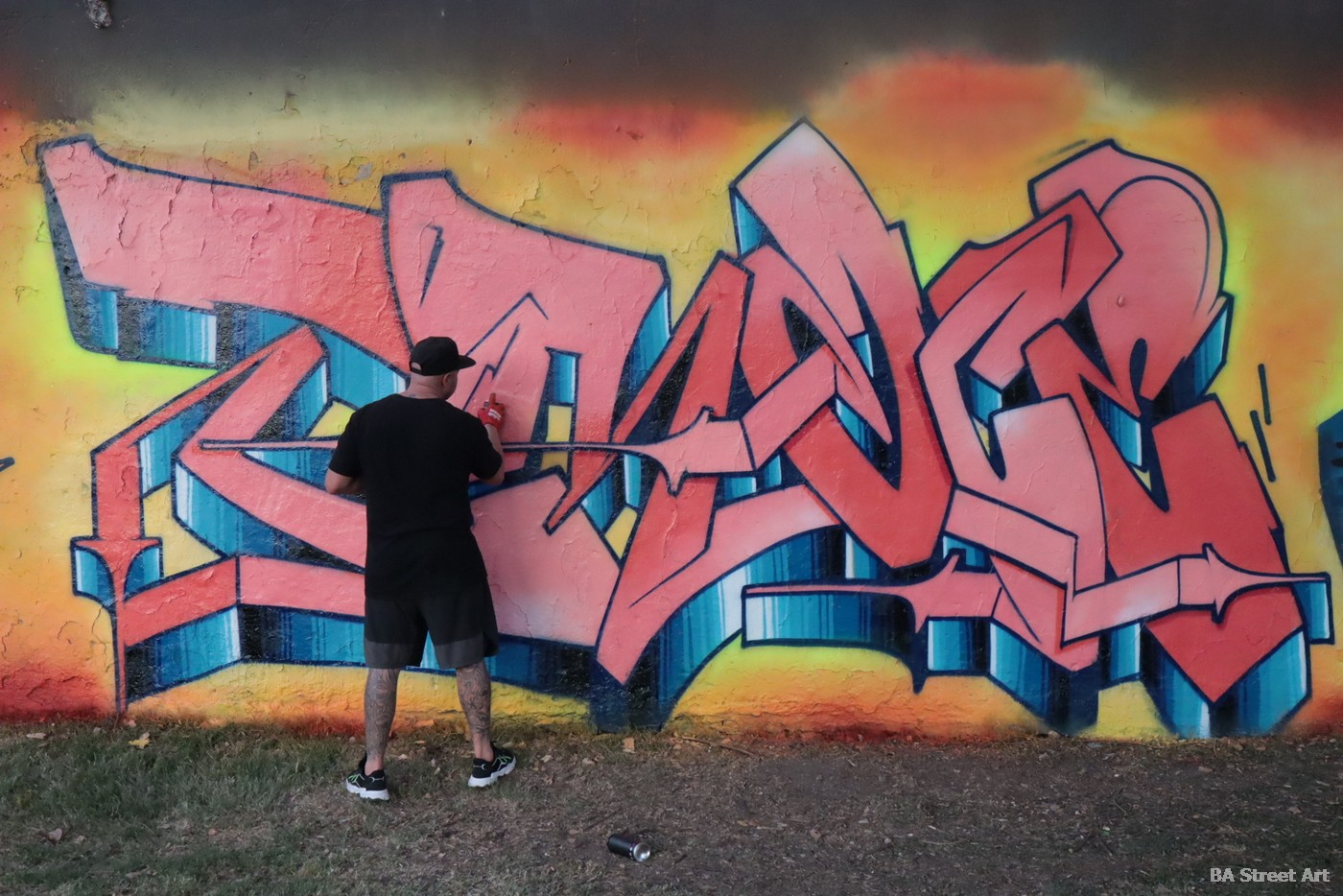 new york graffiti artist letters piece graff burner buenos aires argentina