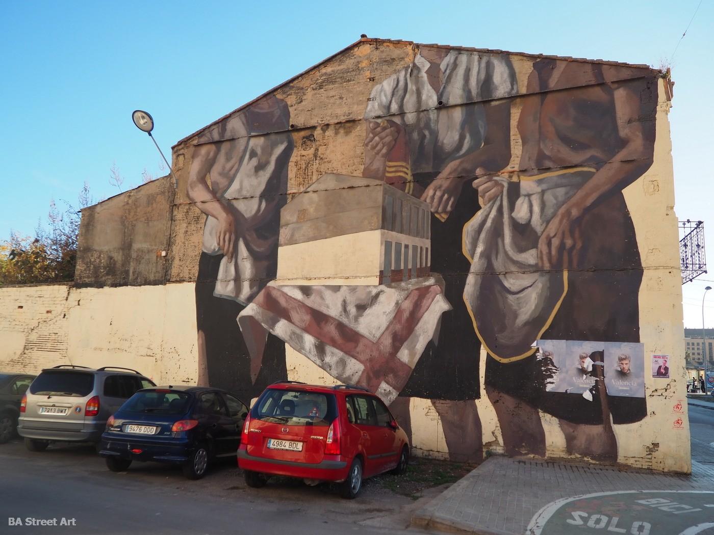 hyuro street artist valencia mural street art graffiti murales arte urbano el cabanyal españa spain grafiti tour buenosairesstreetart.com