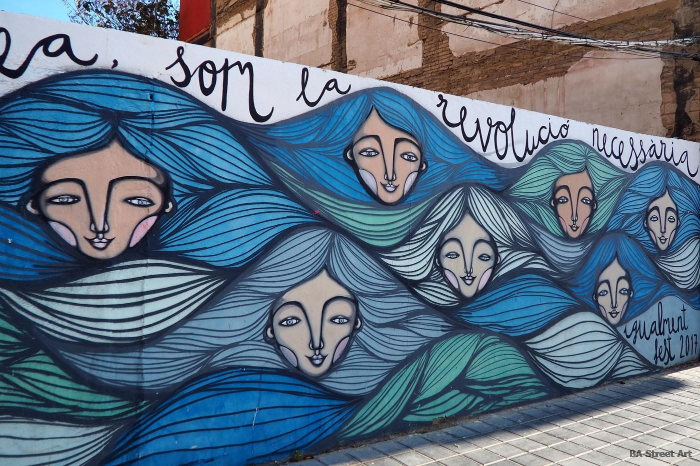 igualidad de genero dia de la mujer derechos de la mujer feminina marcha ni una menos igualment fest cabanyal valencia mural iris serrano artista ilustradora