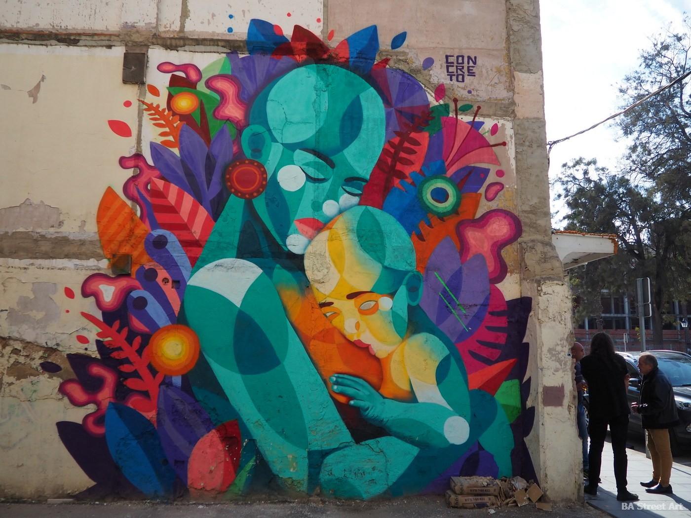 mother baby mural concreto artista fresque murais valencia street art arte urbano grafiti madre bebe españa